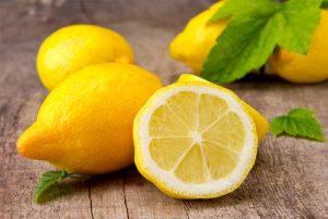 sliced-lemons